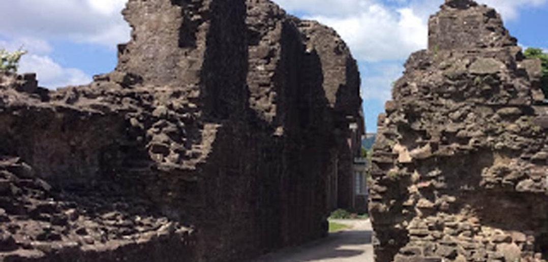 Castle1