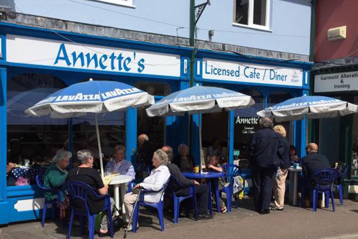 Annette's Cafe